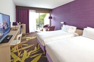 Een fijn hotel in Antibes? Kijk bij hotel Baie des angel Thalazur in Antibes.